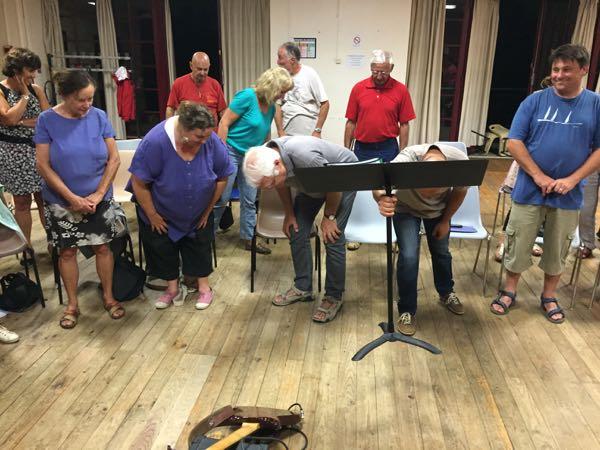 Les Choraleurs cherchent la note !...